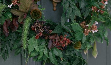 30-Minute DIY: A Beautifully Wild Wreath for Autumn