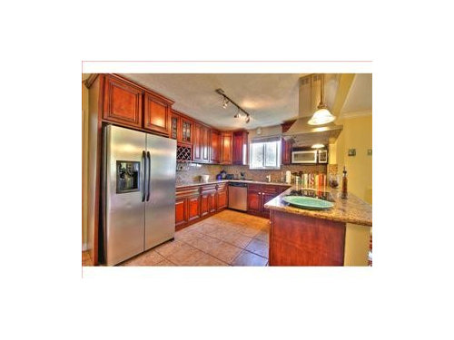 Does The Finish On Professionally Painted Kitchen Cabinets Last