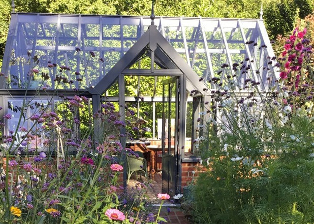 Traditional  by Griffin Glasshouses