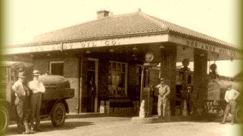 Artie's Filling Station, Old Town, Lansing, MI