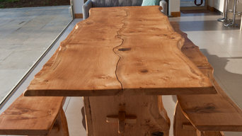 Pippy oak table and benches