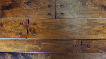 Walnut Plank with square pegs
