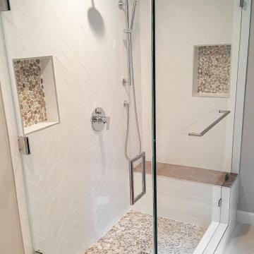 Modern bath in a mid. century home. Woodland Hills.