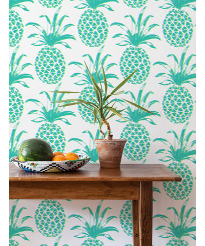 guest picks: pineapple home decor to scoop up