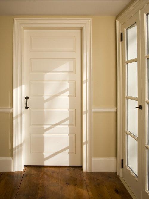 Custom Paneled Door - 室内ドア