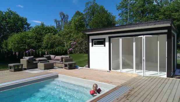 Modern Pool by Kenjo