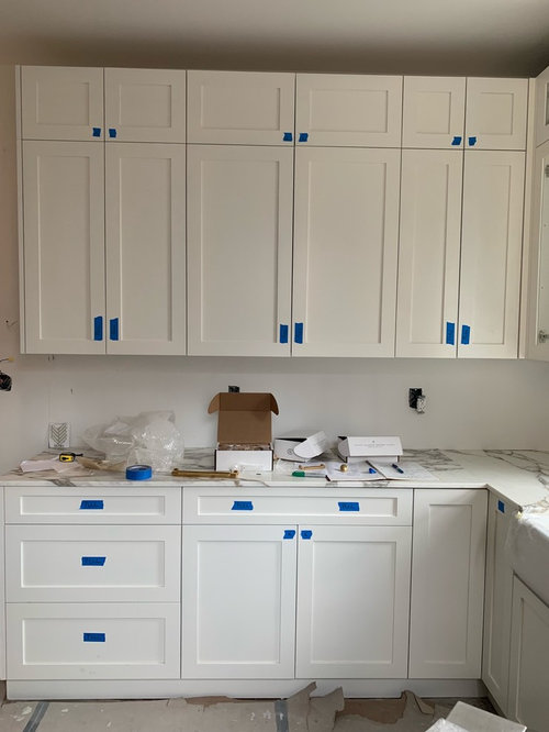 Bm Decorators White With Simply, Chantilly Lace Or Simply White For Kitchen Cabinets