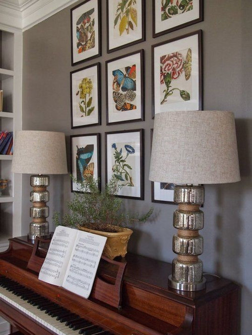 Hanging A Lot Of Framed Photos In A Grid