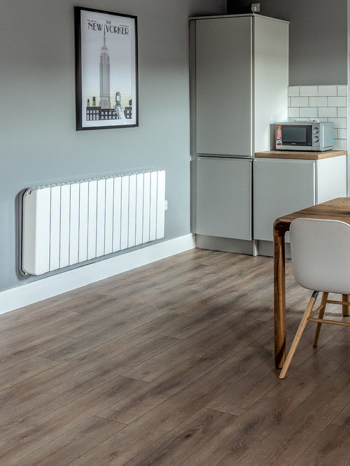 Leeside Apartments · Kitchen - Radiators