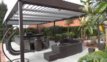 Light`n`Shade outdoor kitchen/chef station and dining area, home counties