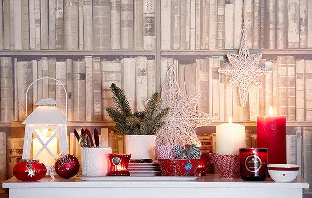 christmas decorations mantelpiece