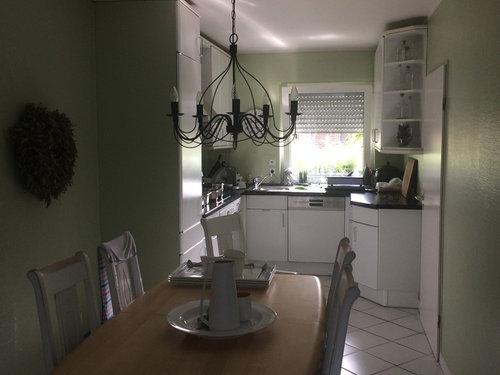 Wir Möchten Unsere Bestehende Küche Erneuern Im Industriestyle Und Bitten  Um Ideen. Boden Und Wände Inklusive. Küchenbreite: 2,27 M !