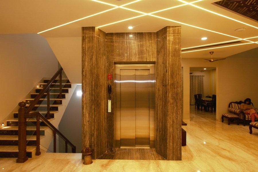 Lift Facade