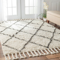 nuLOOM - Junius Shag Rug, Off-White and Gray, 5'x8' - Area Rugs