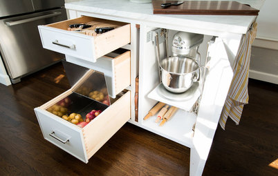 Kitchen of the Week: Storage Galore in a 1920s Colonial