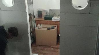 Begehbarer Kleiderschrank - Umbau einer ungenutzten Kellerfläche im Treppenhaus