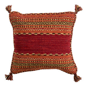 Trenza Pillow 18x18x4, Polyester Fill