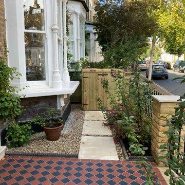 N16 Victorian Front Garden