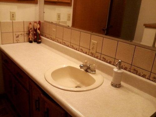 Bathroom Makeover Help!