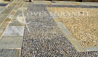 Realizzazione pavimento in ciottoli di fiume e pietra di Luserna