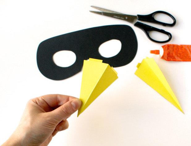 faschingsmasken aus papier mit kindern basteln. Black Bedroom Furniture Sets. Home Design Ideas