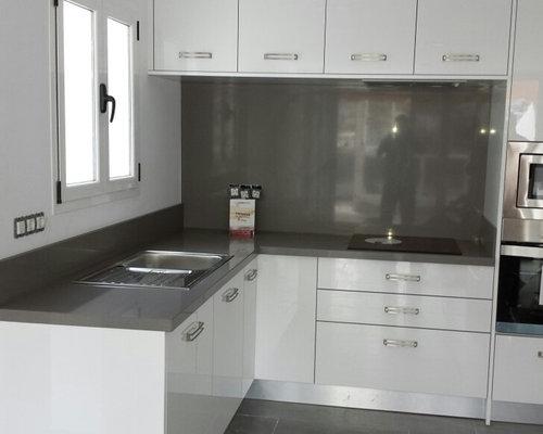 Cocina para un apartamento pequeño.