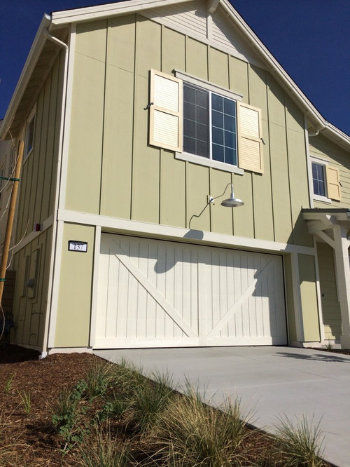 Modern Farmhouse Garage Door With Traditional Design Appeal