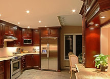 What color are the cabinets and who is the distributor?