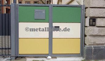 Einfahrtstor mit 4 Farben (Antigrafittiaktion)