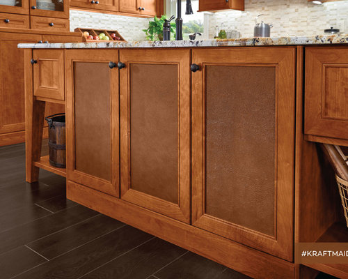 KraftMaid: Glass & Decorative Doors