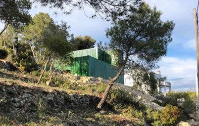 Spagna: La Casa Container che si Fonde con il Paesaggio
