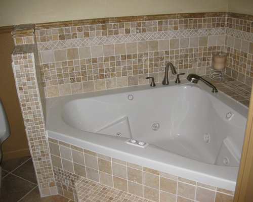 walk in shower and jacuzzi tub