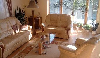 Living Room Organization in Asheville