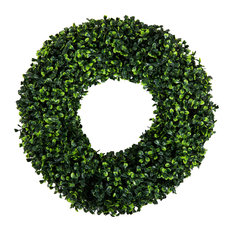 Pure Garden - Pure Garden Boxwood Wreath - 16.5 inch Round - Wreaths and Garlands