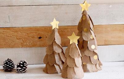 Házlo tu mismo: Diseña un pequeño árbol de Navidad con tela de saco