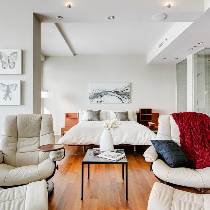 Home Staging - 300 Ave des Sommet - Modern Luxury Condo