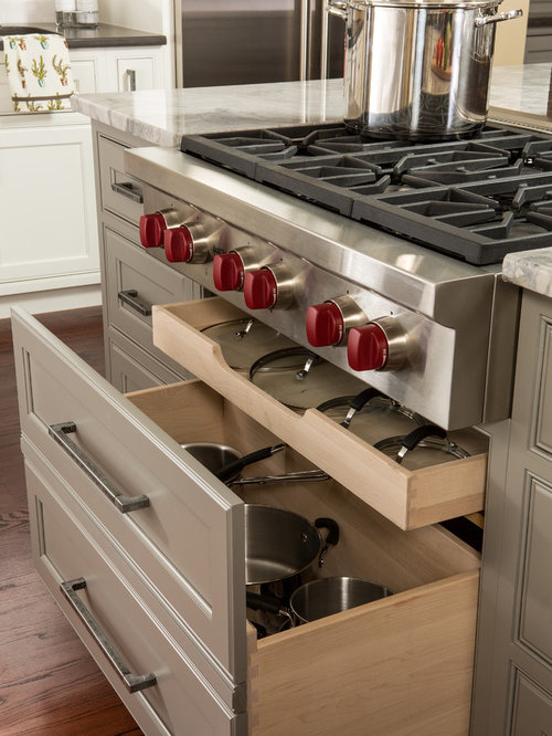 Best Drawers Under Cooktop Design Ideas & Remodel Pictures   Houzz
