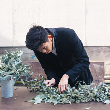 Houzz DIY: How to Make a Festive NYE Centerpiece with Bud Botanical