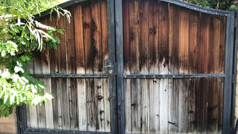 Wood Gate Cleaning
