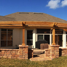 outdoor pergola with side shades