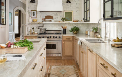 Kitchen of the Week: Refaced Cabinets and Fresh Style