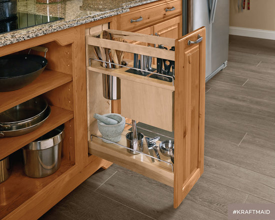 KraftMaid: Kitchen Base Pantry Pull Out Utensil Storage   Pantry And Cabinet  Organizers
