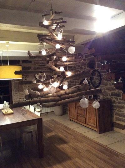 Chez les houzzers 9 sapins de no l faits maison - Sapin suspendu au plafond ...