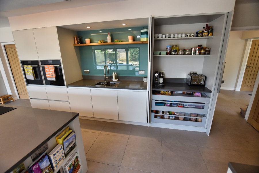 Soho Modern Handleless Kitchen