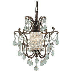 Cool Traditional Chandeliers by ALCOVE LIGHTING