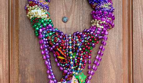 Create a Festive, Colorful Mardi Gras Bead Wreath