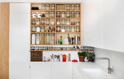 7 Ideas to Inspire From Well-Planned Small Kitchens