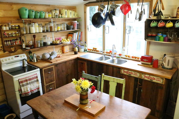 A quirky country kitchen with a story to tell for Quirky kitchen items