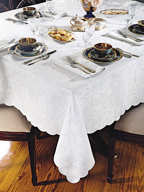 Nice Fine Table Linens