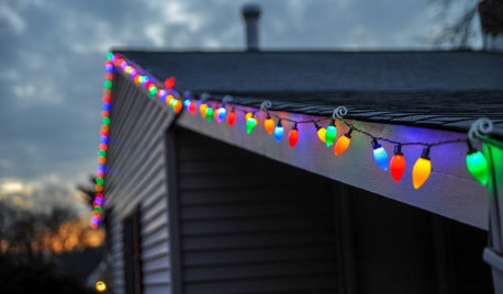 Tell Us: What Puzzles You About Holiday Lights?